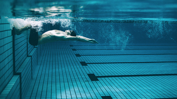 You who love swimming, how to swim correctly